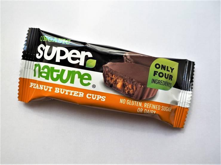 Super Nature maapähkinävoi-suklaakupit