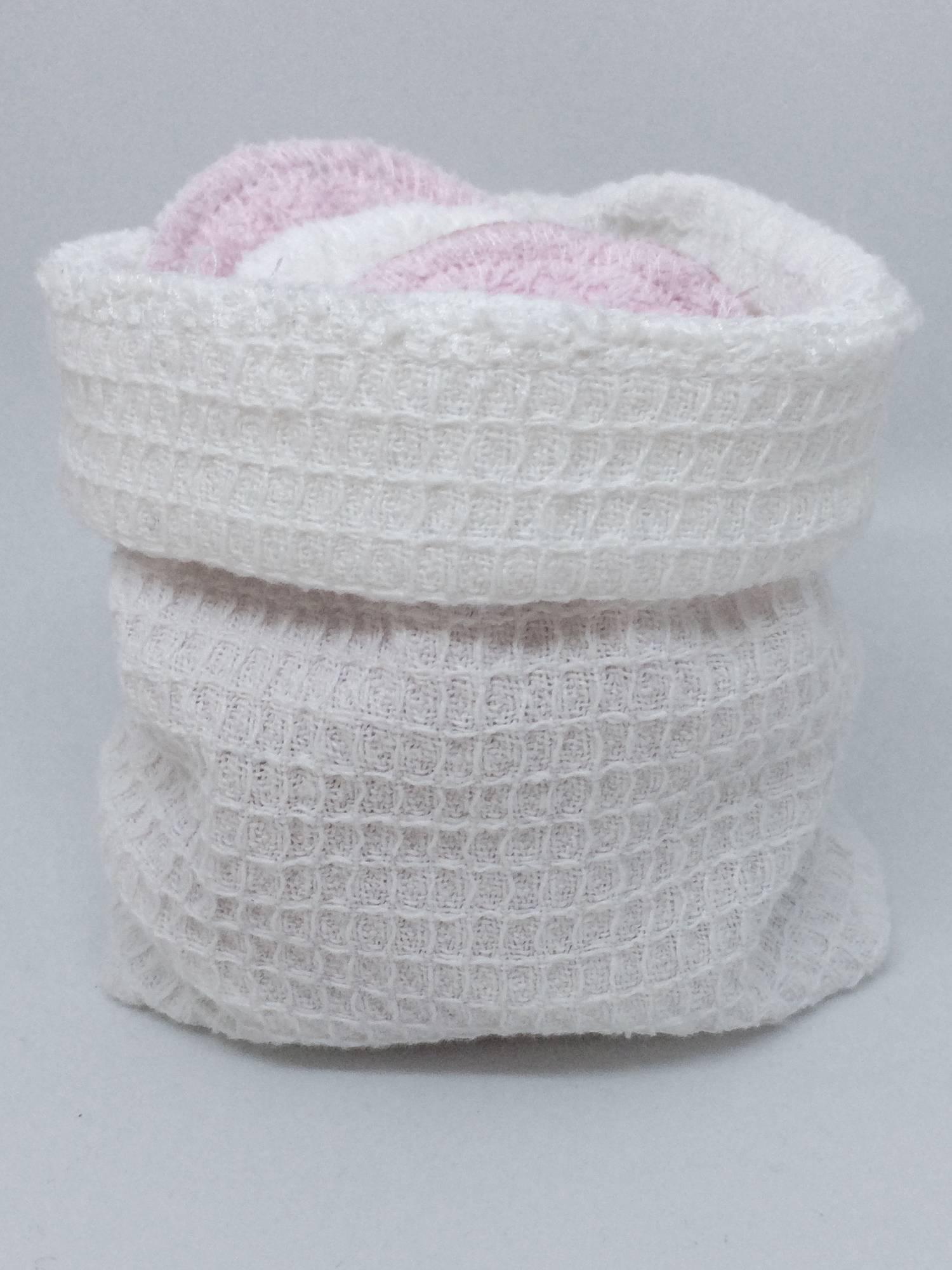 Pesu- ja säilytyspussi, valkoinen